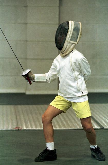 los niños pueden practicar esgrima