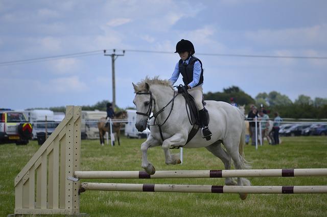 beneficios-de-la-equitacion-en-los-ninos