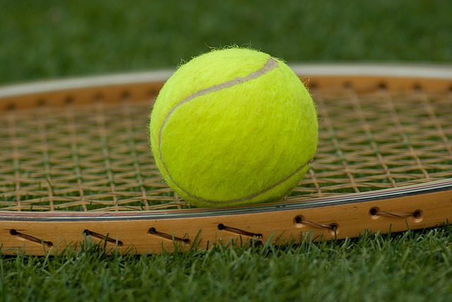 cursos-de-tenis-gratis-para-nino