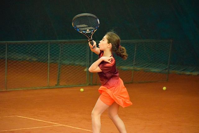 cursos-de-tenis-gratis-para-todos-ninos
