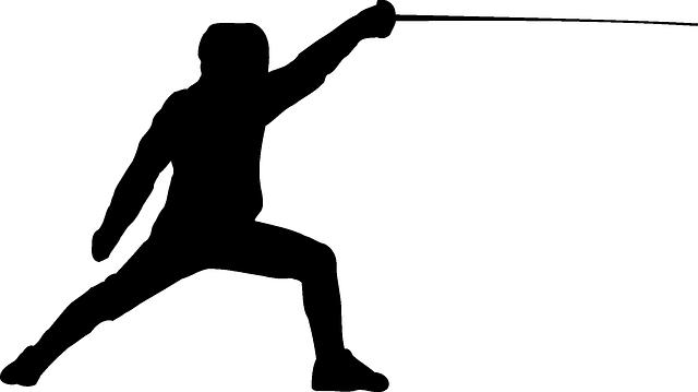 niños y la practica del esgrima