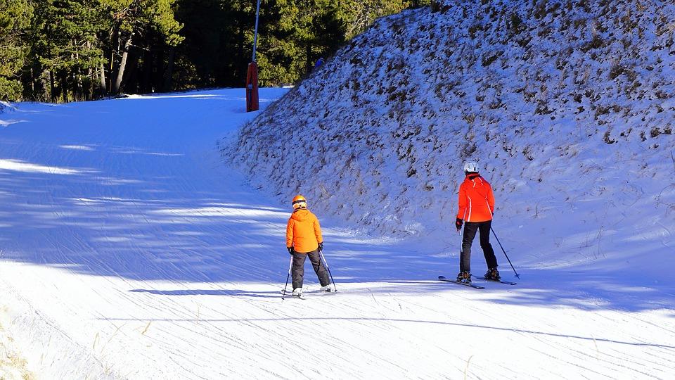 Precauciones ante el deporte infantil en invierno-niños