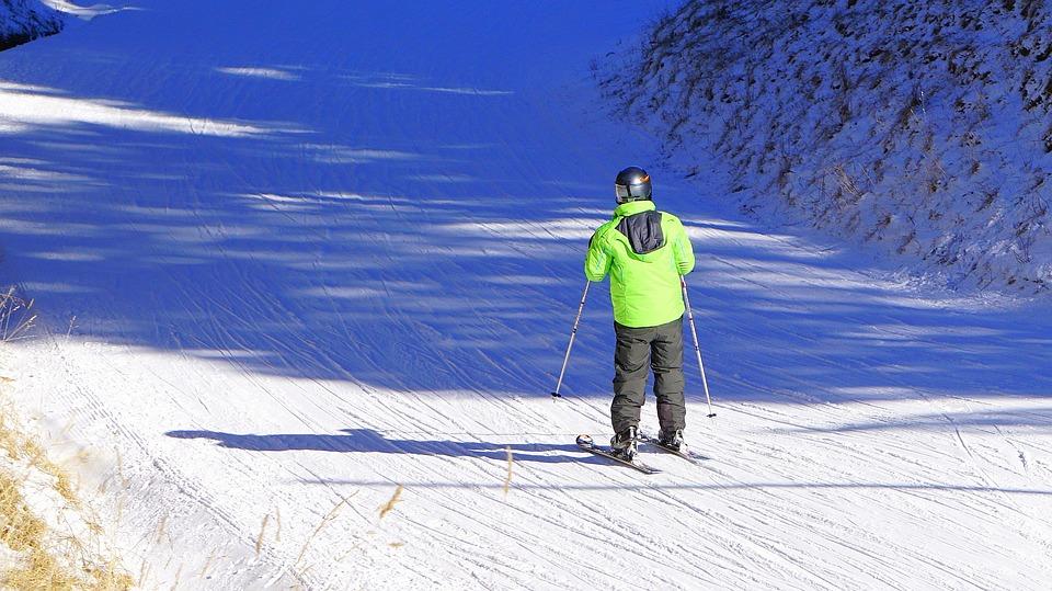 Ropa y accesorios como Precauciones ante el deporte infantil en invierno